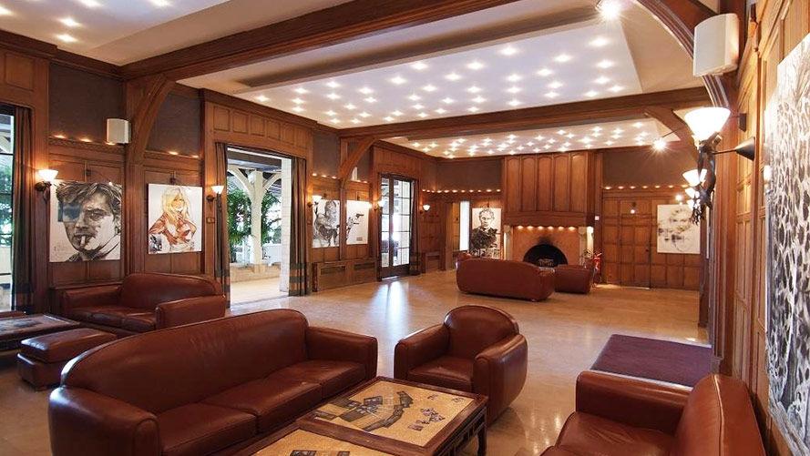 Le Manoir - Paris Country Club Salon