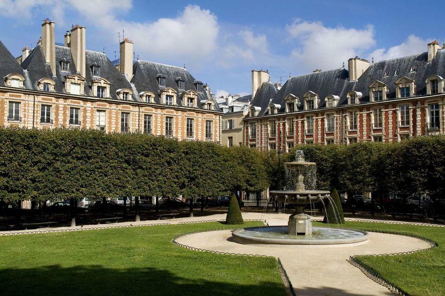 Le Pavillon de la Reine **** Place des Vosges