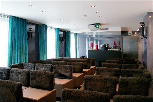 Kube Hotel - Ice Bar **** Salon Bleu