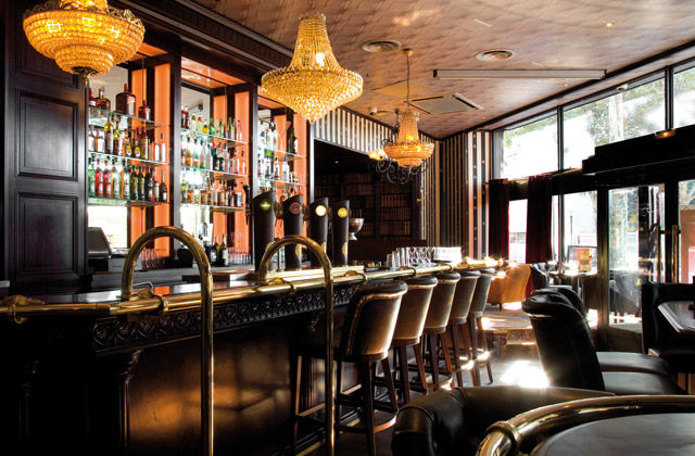 Au Bureau Boulogne-Billancourt Bar