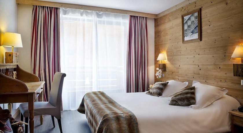 Hôtel Alpen Roc 11
