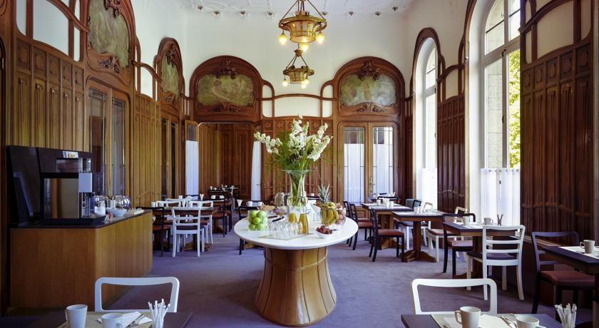 Mercure Lyon Centre Château Perrache **** 22