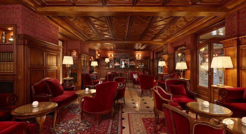 Hôtel Regina ***** 8