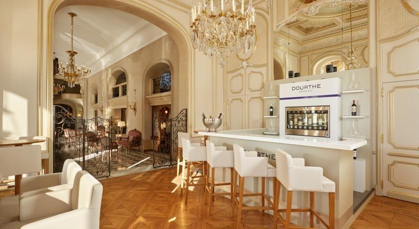 Hôtel Regina ***** 10