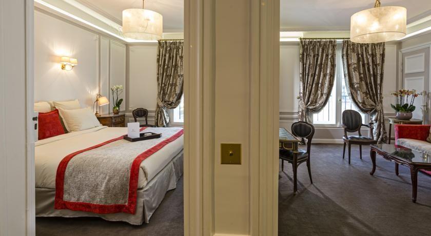Hôtel Regina ***** 37