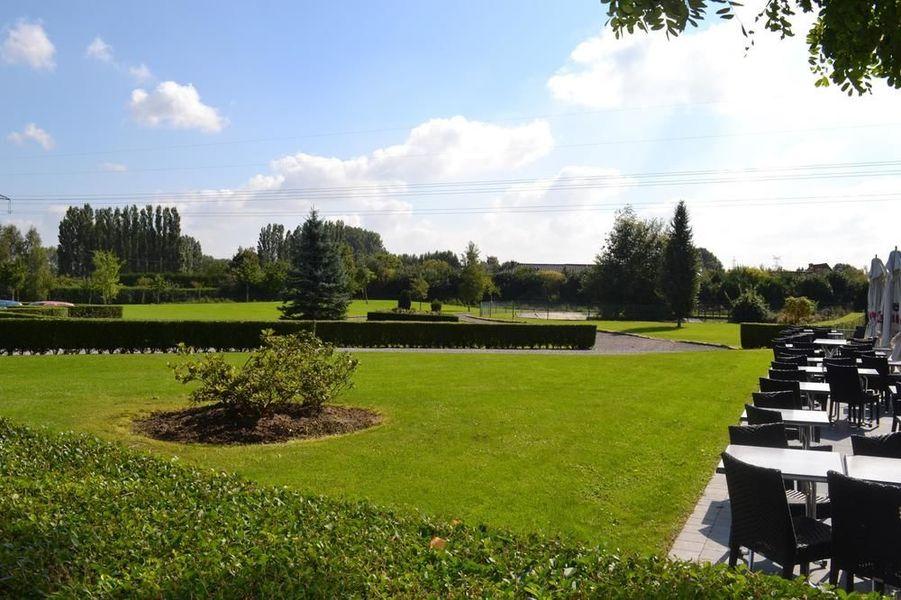 Domaine Des Cigognes *** Jardin