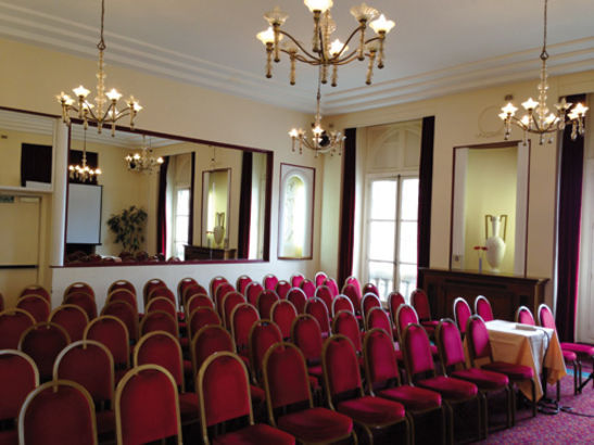 Les Salons du Relais Hôtel Paris Est 12