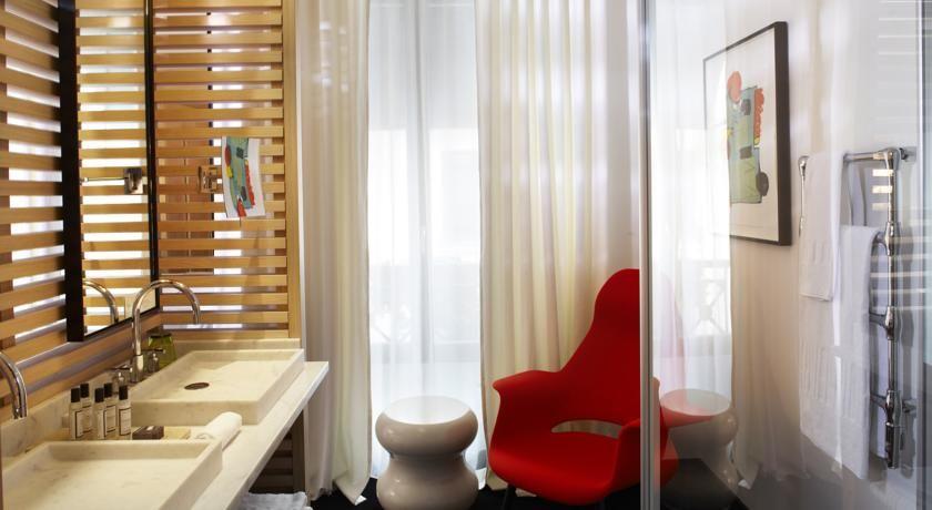 Hôtel du Ministère **** 40