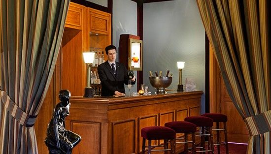 Le Castel Marie-Louise ***** Bar