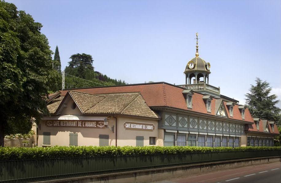 Abbaye de Collonges Extérieur