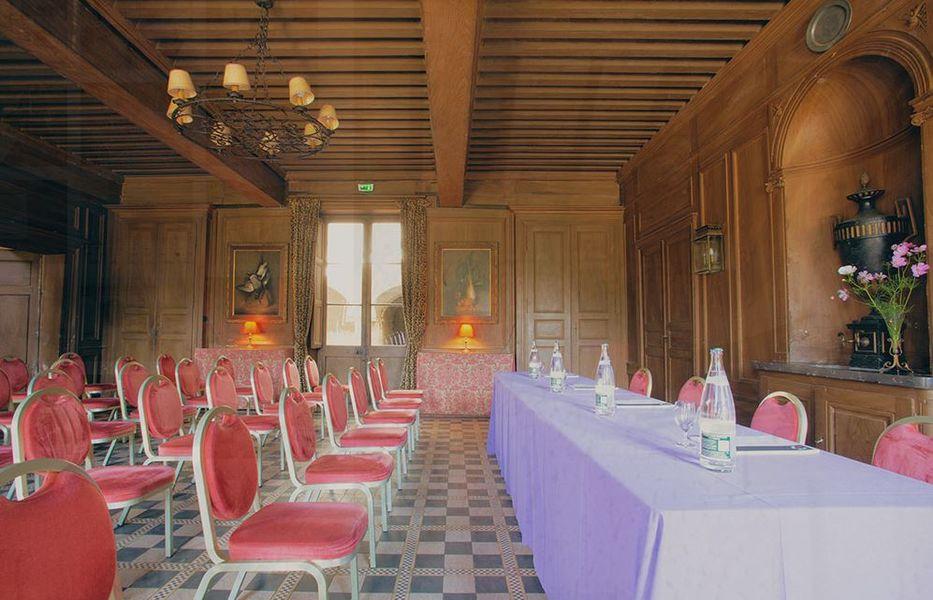 Château de Chassagny Salle de séminaire