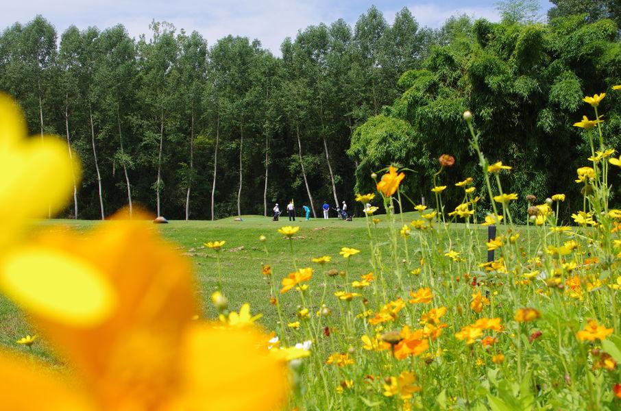 Golf Hôtel Charmeil Extérieur