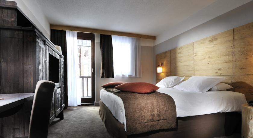 Hôtel l'Aigle des Neiges **** 11