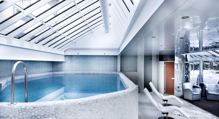 Hôtel Mont Blanc **** 23