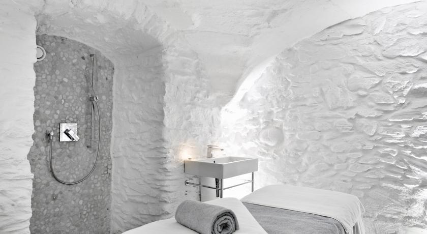 Hôtel Mont Blanc **** 24