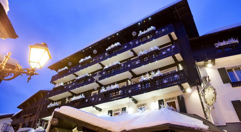 Hôtel Mont Blanc **** 30