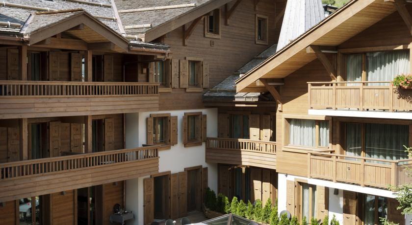 Hôtel Spa Au Coeur du Village ***** 1
