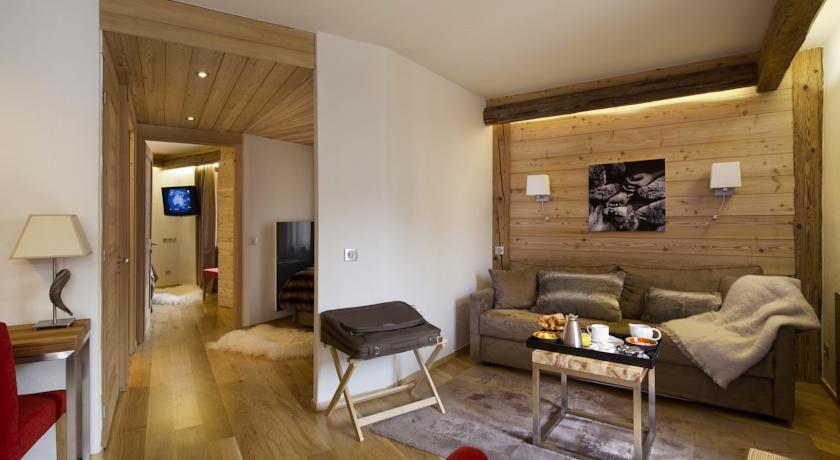 Hôtel Spa Au Coeur du Village ***** 7