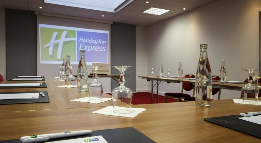 Holiday Inn Express Lille Centre *** 26