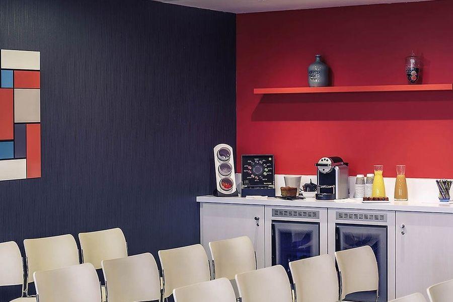 Mercure Bordeaux Cité Mondiale Centre De Congrès *** 3