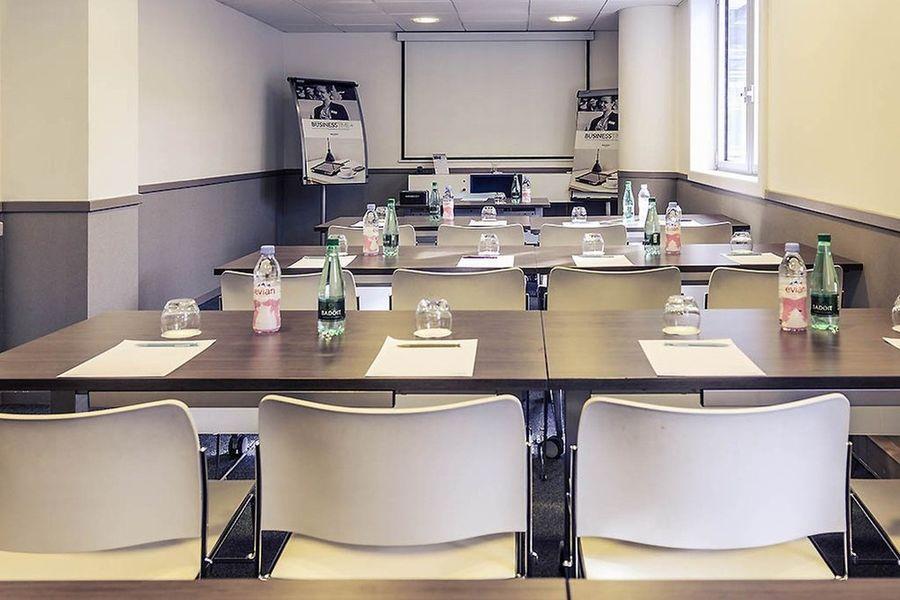 Mercure Bordeaux Cité Mondiale Centre De Congrès *** 4