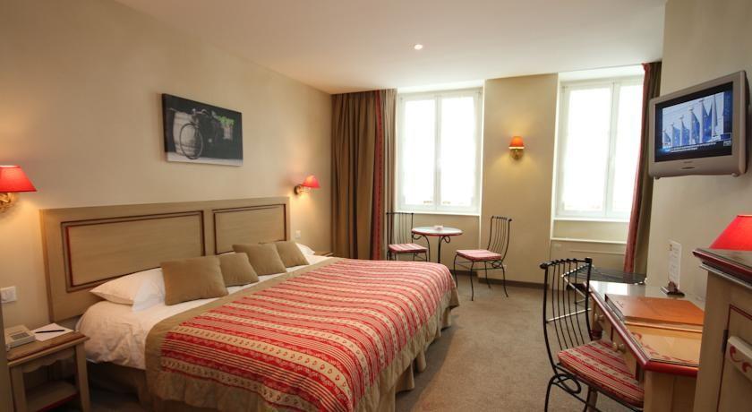 Hôtel Beaucour **** 30