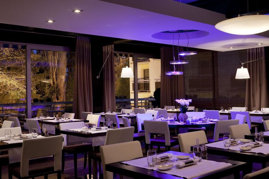 Diana Hotel Restaurant Et Spa **** Restaurant