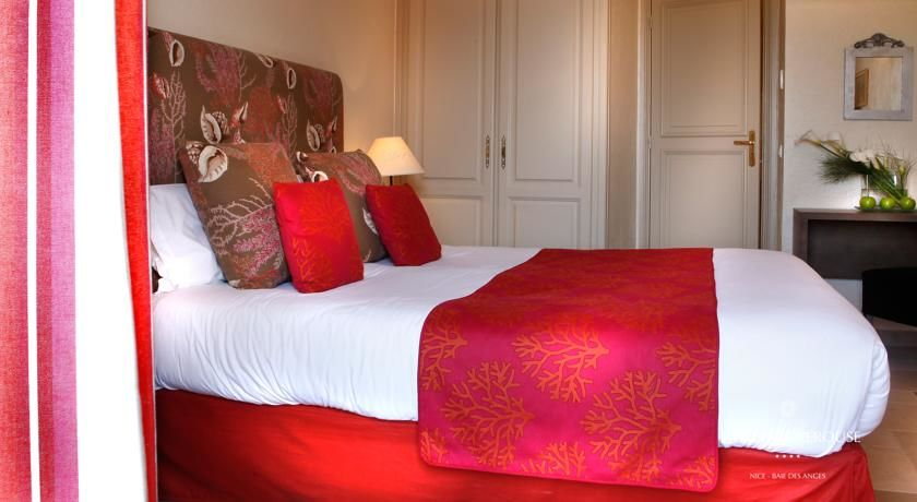 Hôtel La Pérouse **** 16
