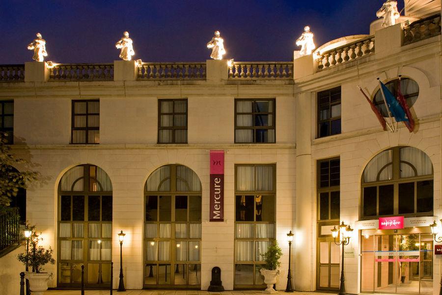 Hotel Mercure Paris Gobelins Place d'Italie **** Hotel Mercure Paris Gobelins Place d'Italie ****