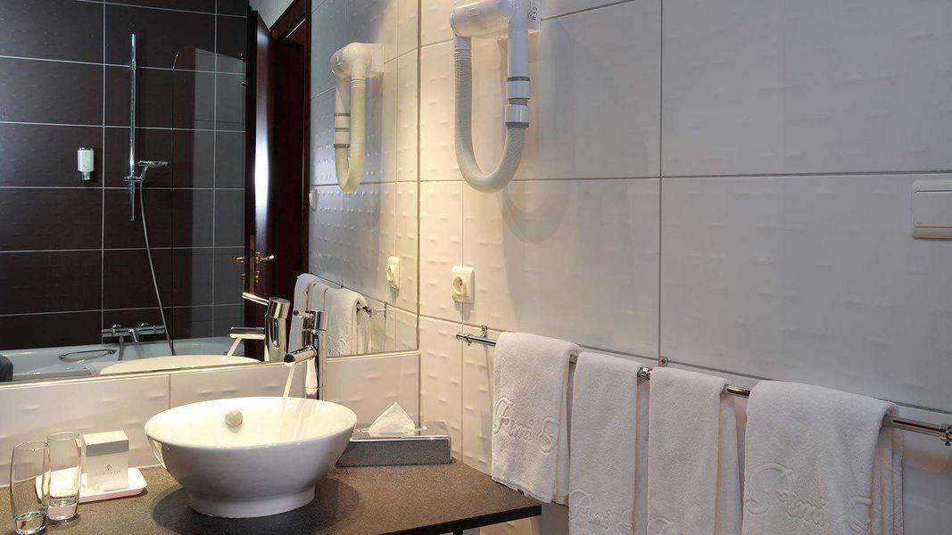Hôtel Restaurant L'Ami Fritz *** Salle de bain