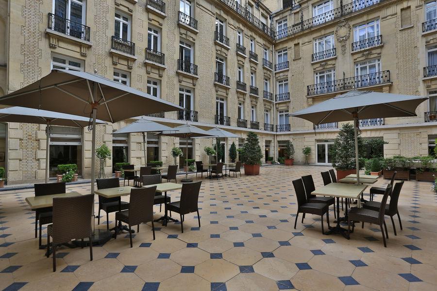 Fraser Suites Le Claridge Champs-Elysées ***** Terrasse