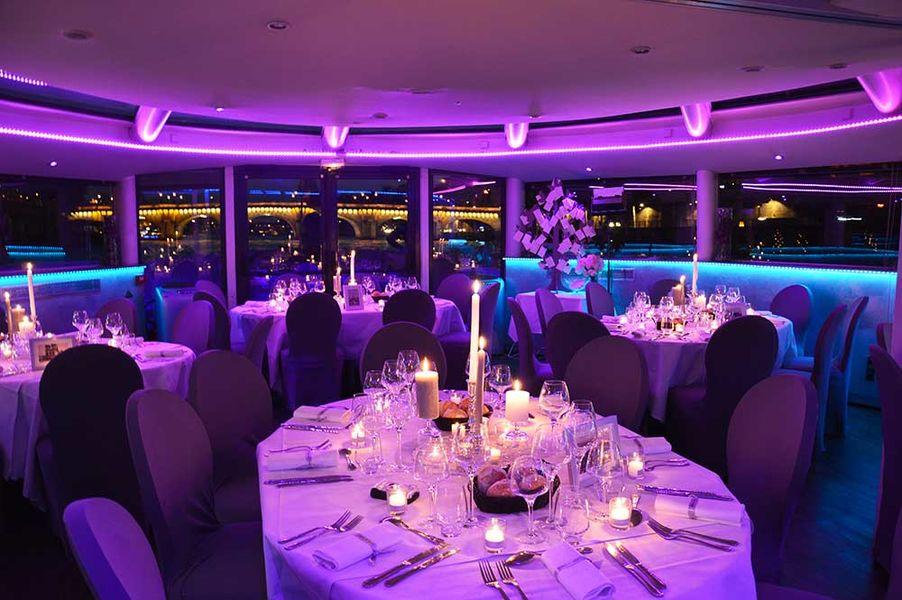 VIP Paris Yacht Hôtel Restaurant
