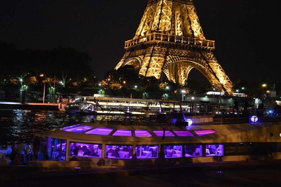 VIP Paris Yacht Hôtel Extérieur
