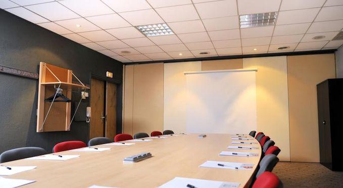 Salle séminaire  - Ibis Marseille Est La Valentine ***