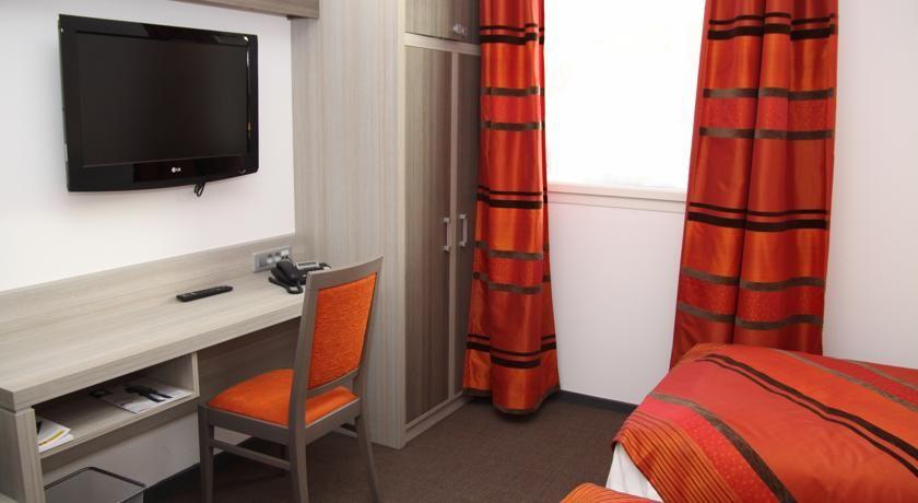 Comfort Hôtel Aix-en-Provence *** 31