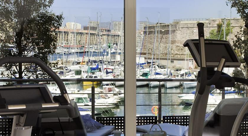 Novotel Marseille Vieux Port **** 33