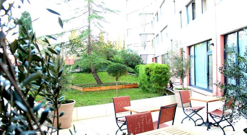 Best Western Hôtel Le Galice *** 9