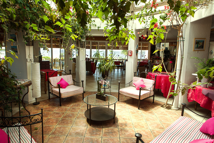 Hôtel Best Western Paradou Méditerranée *** Terrasse