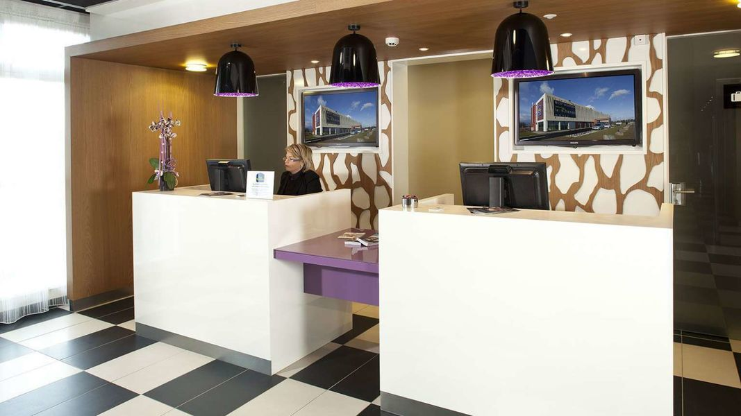 BEST WESTERN Plus Hotel Le Rhenan *** Accueil