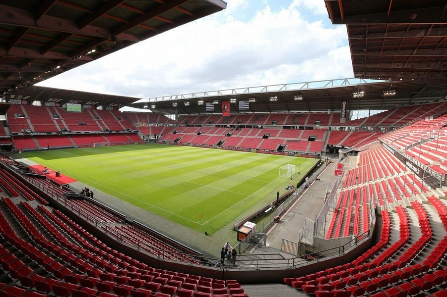 Stade Rennais F.C 1