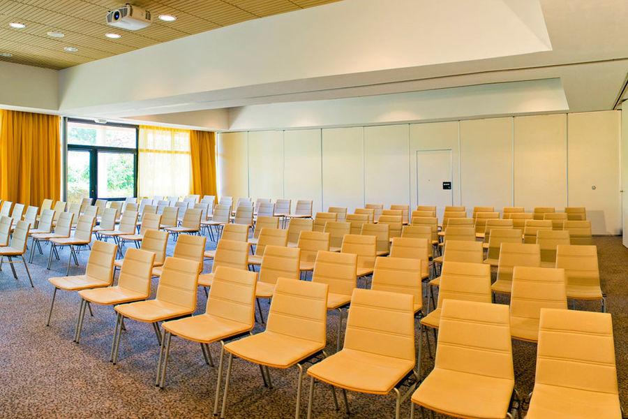 Mercure Toulouse Aeroport Golf de Seilh **** Salle de séminaire
