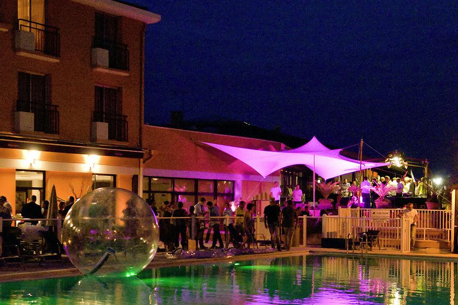 Mercure Toulouse Aeroport Golf de Seilh **** Terrasse