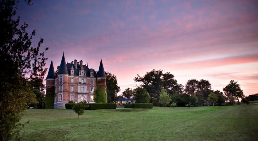 Chateau D'Apigne ***** 1