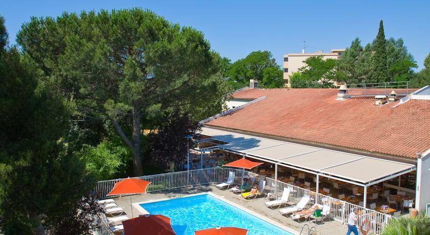 Novotel Aix En Provence Beaumanoir Les 3 Sautets **** 3