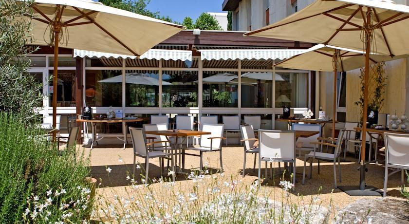 Novotel Aix En Provence Beaumanoir Les 3 Sautets **** 5