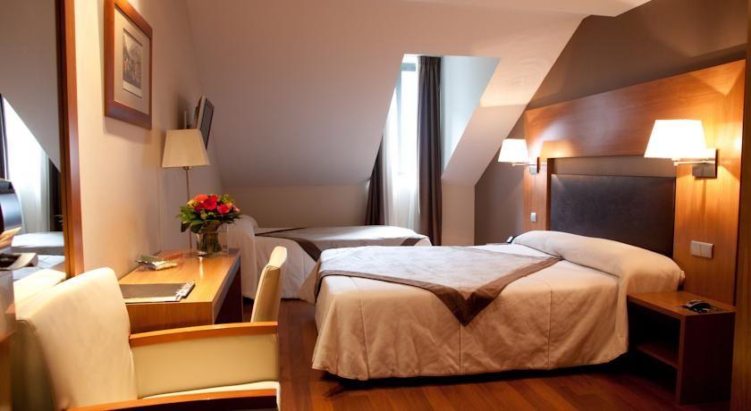 Hôtel Acta Luchon **** 4
