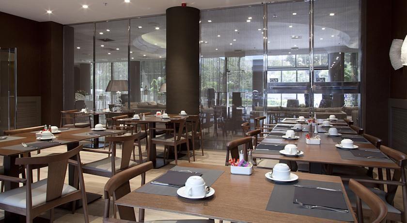 AC Hôtel Nice 38