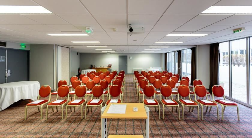 Holiday Inn Clermont Ferrand Centre *** Salle de séminaire