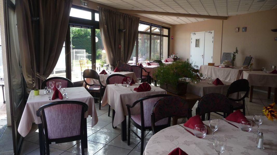 La Rose Des Vents Luzet *** Restaurant