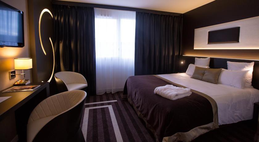 Le Colisée Hôtel & SPA *** Chambre